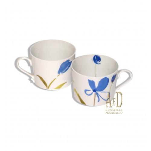 Andrea Fontebasso Tazze con fiori blu
