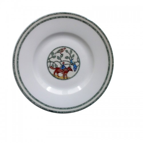 Hermes Flat Bread with under plate line Early America