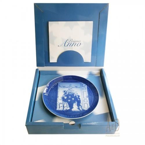 """Royal Copenhagen Plate """"first year"""" 2000"""