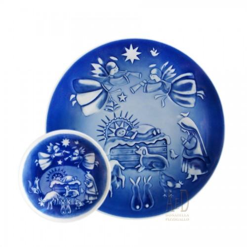 Royal Copenhagen Christmas Plate with Plaquetta 2007